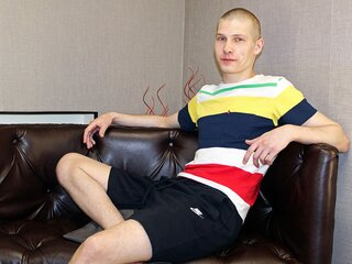 Camshow shows AlanFarell
