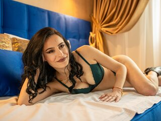 Online nude IsabelleDelgado